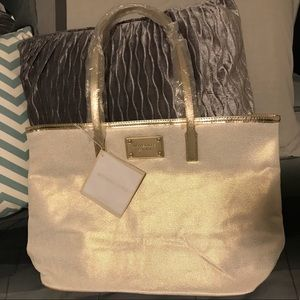 Michael Kors tote with pocket on back of tote NWT